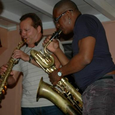 Habana Sax performing