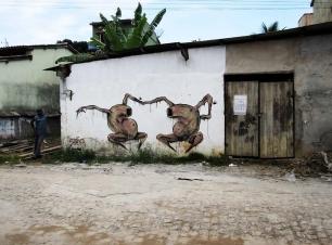 Philipp Pieroth, Become One, 2013, Itacaré, Brasil. Spray paint on concrete, 600 cm x 200 cm