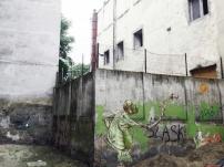 Philipp Pieroth, Fly with the dwarf, 2013, Breslau, Poland. Spray paint on concrete, 500 cm x 500 cm