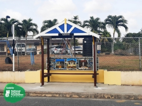 Work on the Fresh Stops bus shelter by Chris Welch